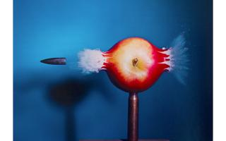 Harold Edgerton, Bullet Through Apple, 1964 (printed in 1984) Dye transfer print on paper, /240 40.8 x 50.8 cm 16.063 x 20 inches. © 2010 MIT. Courtesy of MIT.